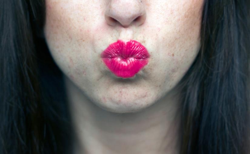 Kiss Well.